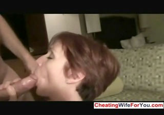 aged slut receive facial from cocks