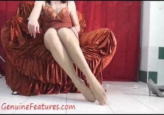 pantyhose fetish enjoyment with real milf in
