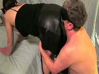 amateur d like to fuck dominates her man