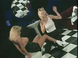 sexy blonde lesbian milf jenna and her girlfriend