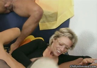 nasty old bitch sucks on an hard dick part9