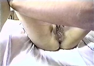 preggo chinese patient with doctor