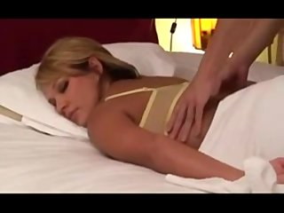 amateur golden-haired wife massaged by japanese