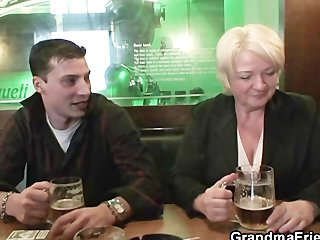 sexy threesome with absolutely drunk granny