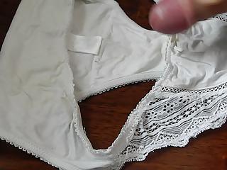 fresh load for moms white pants