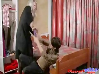 older russian cougar fucked by sex tool and cock