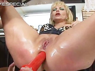 aged milf gets anal opening screwed part7