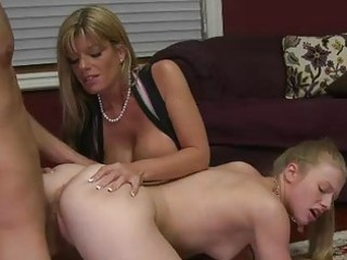 d like to fuck stepmom kristal summers is naughty