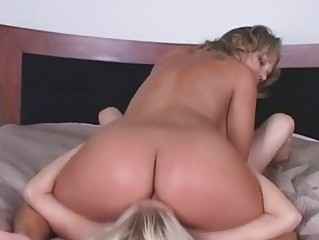 horny mother i enjoy getting her a-hole licked