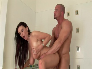 busty d like to fuck pandora fucks in the bathroom
