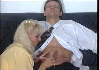 german girl pleasures this guy until he explodes