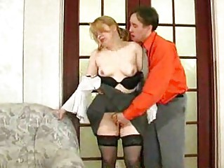 young chap lickfuck and fingering old older babe