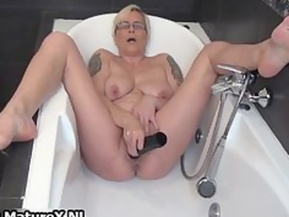 horny mature lady fucking her own tight part10