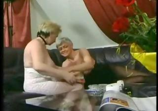 aged lesbians r80