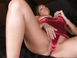 sexy mature amateur housewife
