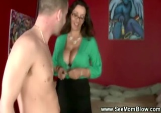 busty gorgeous mama gives daughter the details on