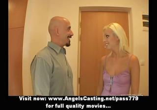 blonde hawt bride lady doing oral-job in
