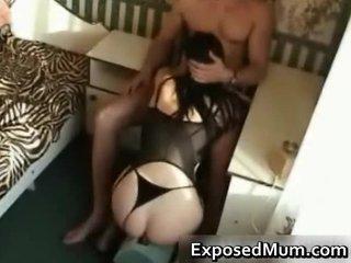 mama gives incredible blowjob for kicks part3
