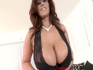 biggest titted d like to fuck in spex wants jizz